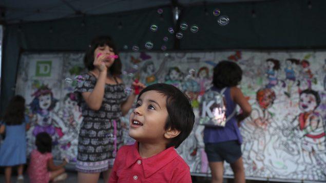 تراجع النشاط البدني للأطفال الكننديّين خلال جائحة كوفيد-19 /Kamran Jebreili/AP