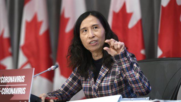 د. تيريزا تام مديرة وكالة الصحّة العامّة تقول إنّ عدوى انتشار الفيروس تحت السيطرة في كندا/Justin Tang/CP