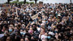 بعد ثلاثة أسابيع من مسيرة 31 مايو أيار، حيث ازدحم ما يقرب من 3.500 شخص في شوارع فانكوفر، لا تزال حالات كوفيد 19 لا في انخفاض في المقاطعة - Radio Canada / Maggie Macpherson