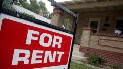 من المفروض أن يواصل المستأجرون دفع إيجارهم بالكامل في التاريخ المعتاد - David Zalubowski / Associated Press
