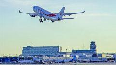إقلاع طائرة الخطوط الجوية الجزائرية من مطار مونتريال وعلى متنها 248 جزائريّا كانون عالقين في كند ا - 24 يوليو تموز 2020 - Photo : Courtesy Kamal Terraf