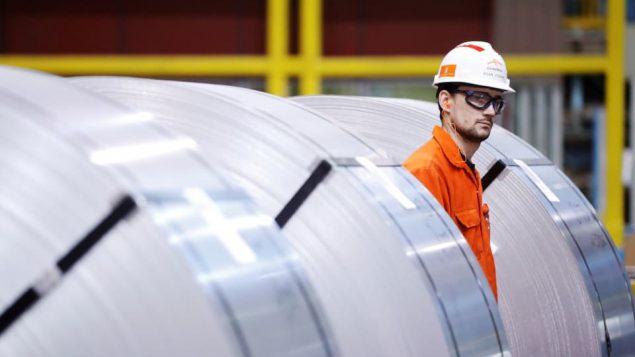 فرضت الإدارة الأميركيّة رسوما بنسبة 10 بالمئة على واردات الألمنيوم من كندا (أرشيف) Reuters/Mark Blinc