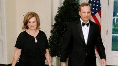 الميارديرة الأميركيّة اليزابيث أوهلاين وزوجها بيتر جاكوبس/Paul Morigi/Getty Images)