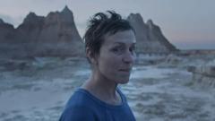 الممثلة الأميركيّة فرانسس ماكدورماند بطلة فيلم نومادلاند للمخرجة كلويه تشاو/TIFF