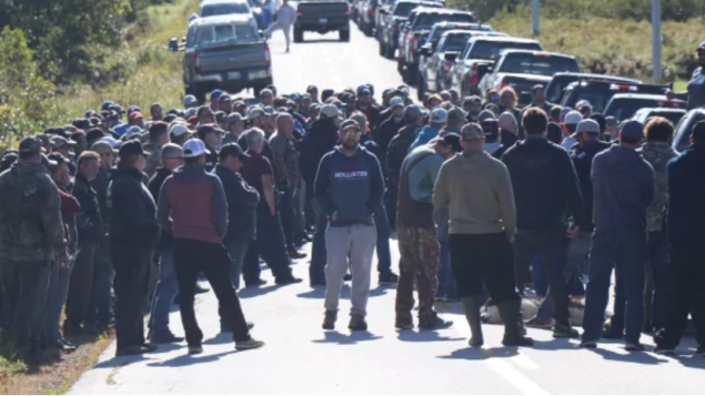 صيّادون في نوفا سكاشو يحتجّون على صياديم من السكّان الأصليّين في الخلاف حول الصيد البحري /Jeorge Sadi/CBC