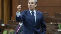 وزير الخارجيّة الكندي فرانسوا فيليب شامبان/Adrian Wyld/CP