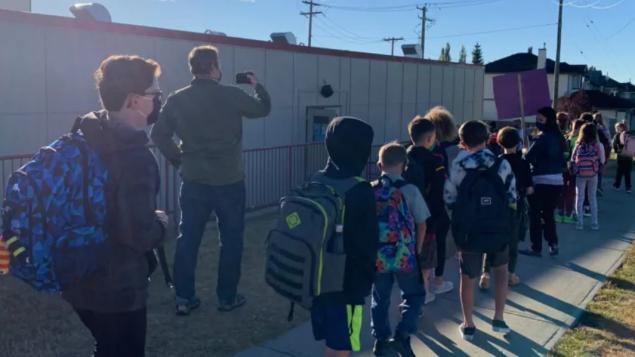 ألبرتا: المدرسة في الهواء الطلق بانتظار فصل الشتاء