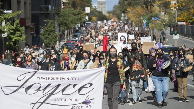 مظاهرة في مونتريال ترفع شعار العدالة لجويس في 03-10-2020/Graham Hughes/CP