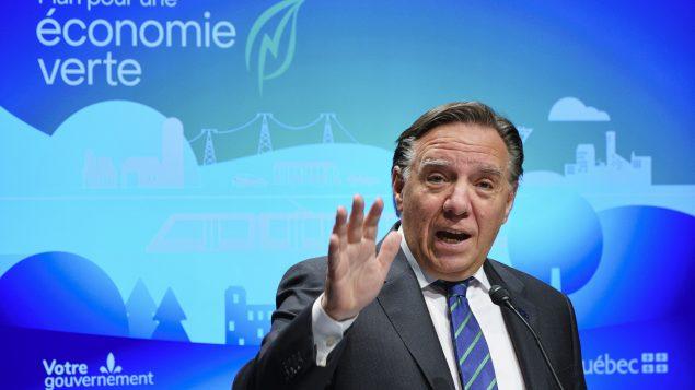 رئيس حكومة كيبيك فرانسوا لوغو يقرّ بوجود عنصريّة وفي المقاطعة ولكنّه يرفض الحديث عن عنصريّة ممنهجة//Paul Chiasson/CP عنصريّة ممنهجة/