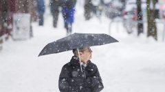 قد يتجاوز ارتفاع الثلج 30 سنتيمترا في مناطق كاموراسكا وتيميسكواتا وريموسكي ووادي ماتابيديا ، حسب تقدير السيد باران في مقابلة مع وكالة الصحافة الكندية - The Canadian Press / Darren Calabrese