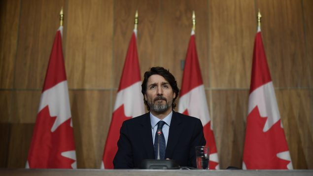 تعهّد رئيس الحكومة الكنديّة جوستان ترودو بتقديم مشروع قانون لإصلاح قانون اللغتين الرسميّتين في البلاد/Justin Tang/CP