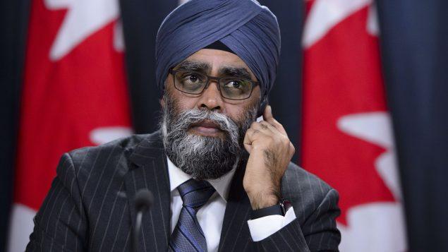 وزير الدفاع الكندي هارجيت سجان أعلن تمديد مهمّة القّوات الكنديّة في العراق حتّى آذار مارس 2022/Sean Kilpatrick/CP