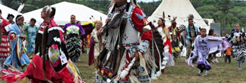 pow-wow-autochtones_sn635