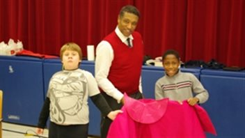 Mark S. Doss was honoured as a positive role model for children like these at the Buchanan Park Opera Club in Hamilton, Ontario. © Dawn Martens of BPOC