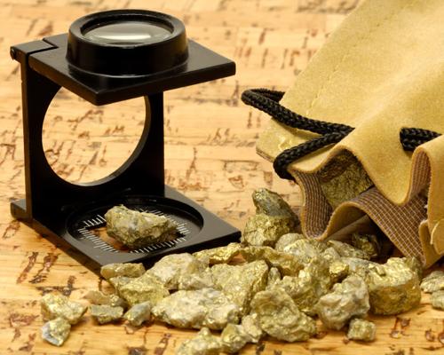 ¿Qué gran acontecimiento  precedió y desató la explotación minera en el Yukón?
