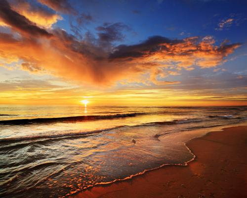 以沙滩和温暖的海水而闻名的省份…