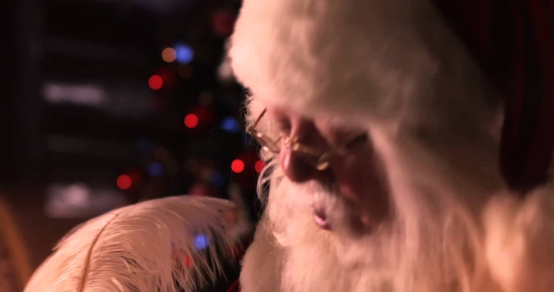 canada post santa claus awaits christmas letters