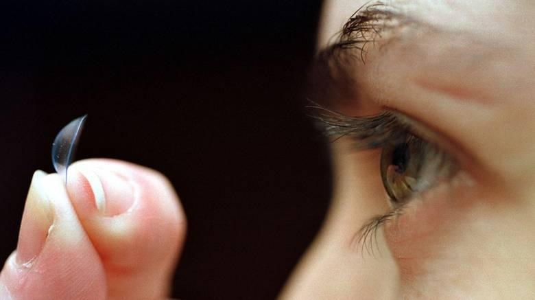 Old contact lenses add to microplastic pollution