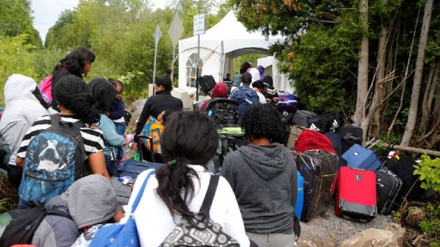 Illegal migrant numbers into Canada increase in August
