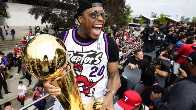 Tens of thousands gather in Toronto for Raptors parade