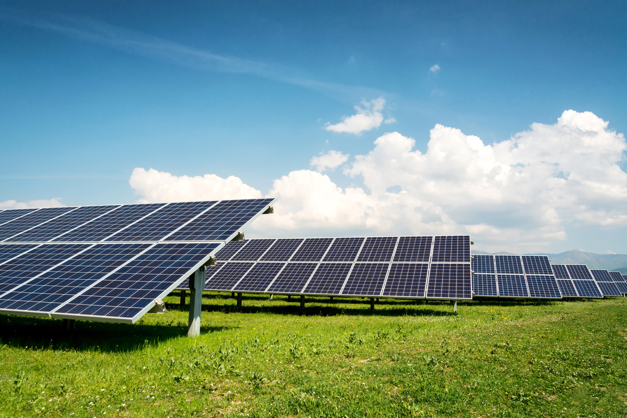 Largest Canadian Solar Farm To Begin Operating Next Year