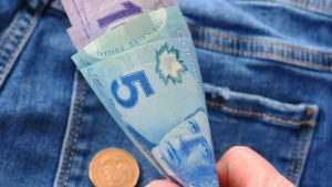 What famous Canadian should appear on $5 bill?
