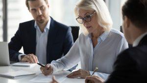 Women remain underrepresented in Canadian boardrooms: study