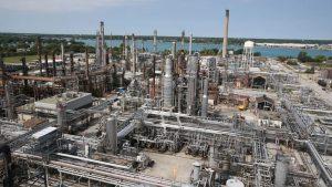 Pipeline shutdown looms as international battle continues