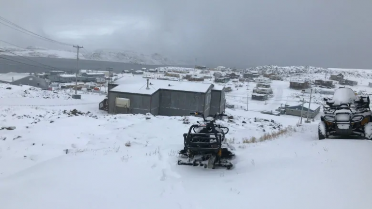 Arctic Canada: Cape Dorset council endorses vote to change community name to Kinngait