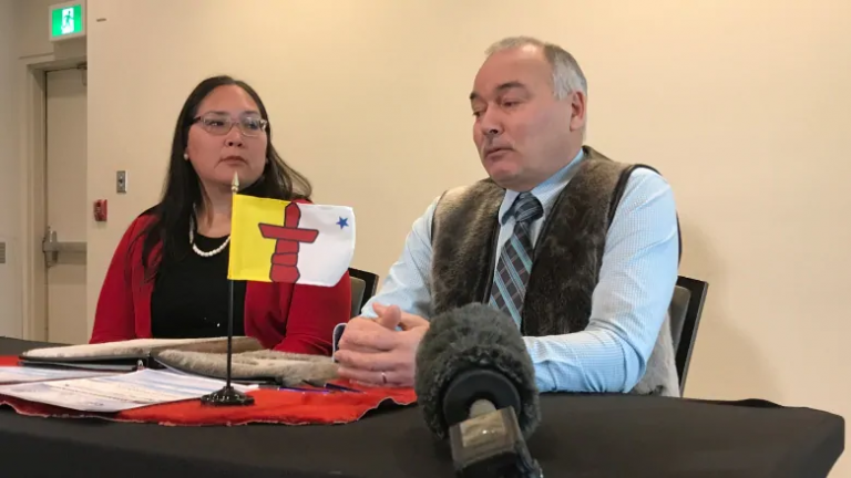 Arctic Canada: Nunavut's government and Inuit organization renew promise to work together