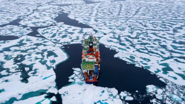 Women on Arctic research mission told not to wear tight-fitting clothing