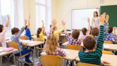 تلاميذ في مدرسة ابتدائيّة/ iStock