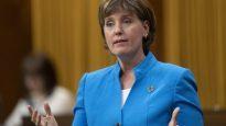 وزيرة الزراعة الكنديّة ماري كلود بيبو/Adrian Wyld/CP