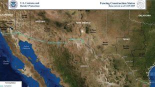 La línea turquesa señala el muro ya construido en diciembre de 2009, en la frontera entre Estados Unidos y México. Crédito de la foto: U.S Custom and Border Protection