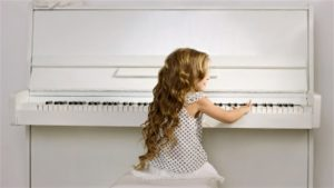 130716_qa67j_rci-piano-enfant_sn635