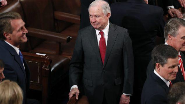 El Fiscal General Jeff Sessions y su reacción ante los dichos de Trump. REUTERS  Jonathan Ernst – HP1EE1V07Y5V7