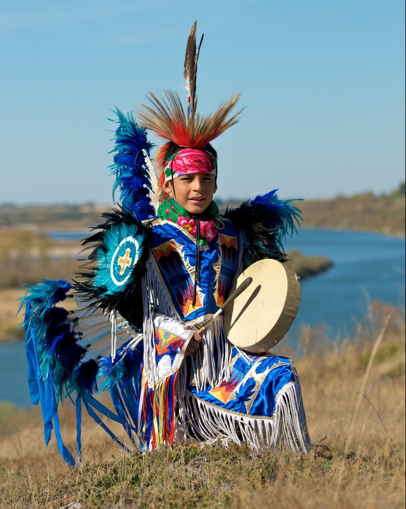 Conmemoran día de los pueblos indígenas