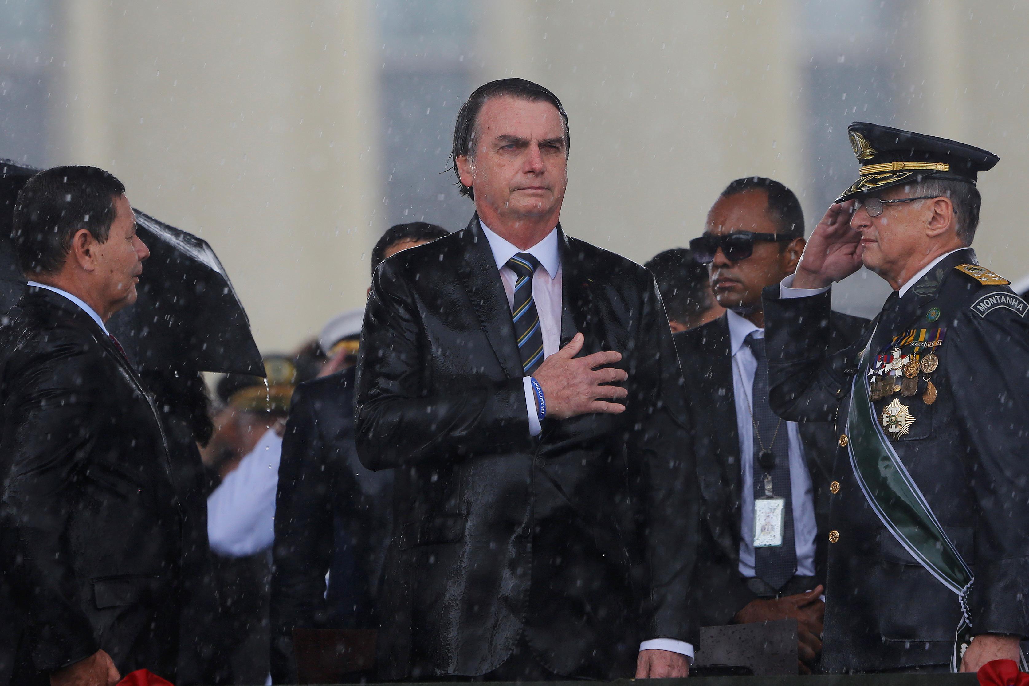 Tribunal Superior de Justicia de Brasil acepta reducir condena de Lula