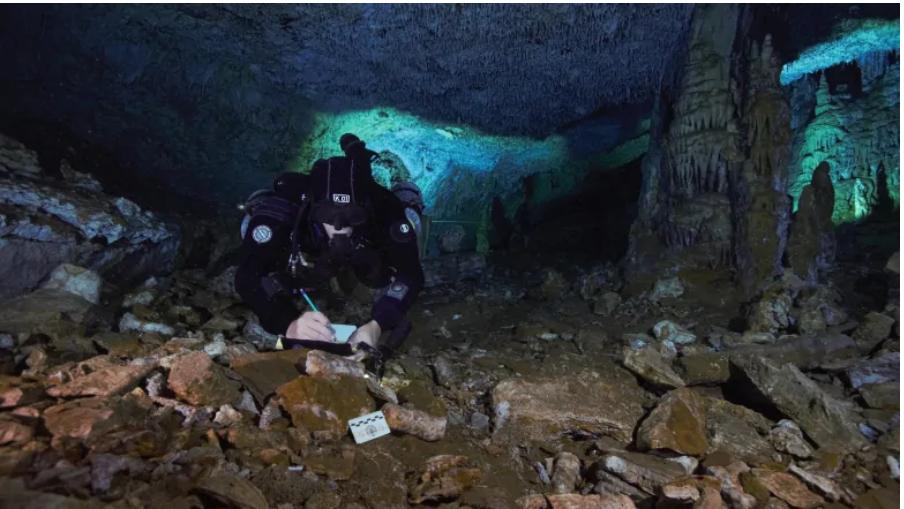 Descubren civilización bajo el agua, 8.000 años más antigua que los Mayas