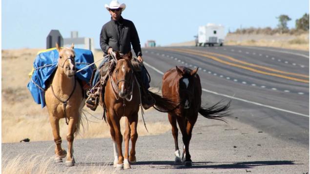 El épico viaje de un vaquero latinoamericano hacia Canadá