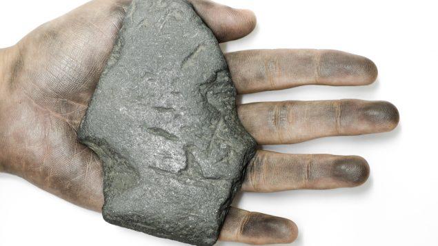 Indígenas quebequenses intiman a compañía minera a cumplir con sus compromisos
