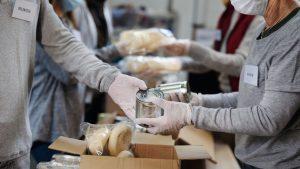 Pandemia en Ontario: más personas recurren a los bancos de alimentos