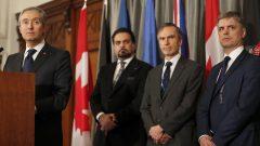 من اليمين إلى اليسار : وزير خارجية أوكرانيا، نائب في مجلس العموم البريطاني، وزير خارجية أفغانستان ووزير خارجية كندا في لندن يوم 16/01/2020 - AP Photo / Frank Augstein