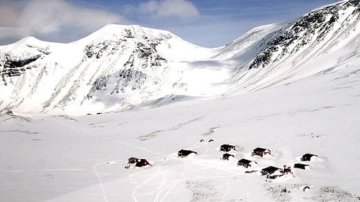 Tarfala ski station at Kebnekaise mountain, Sweden's highest peak. Photo Staffan Löwstedt/Scanpix. Radio Sweden.