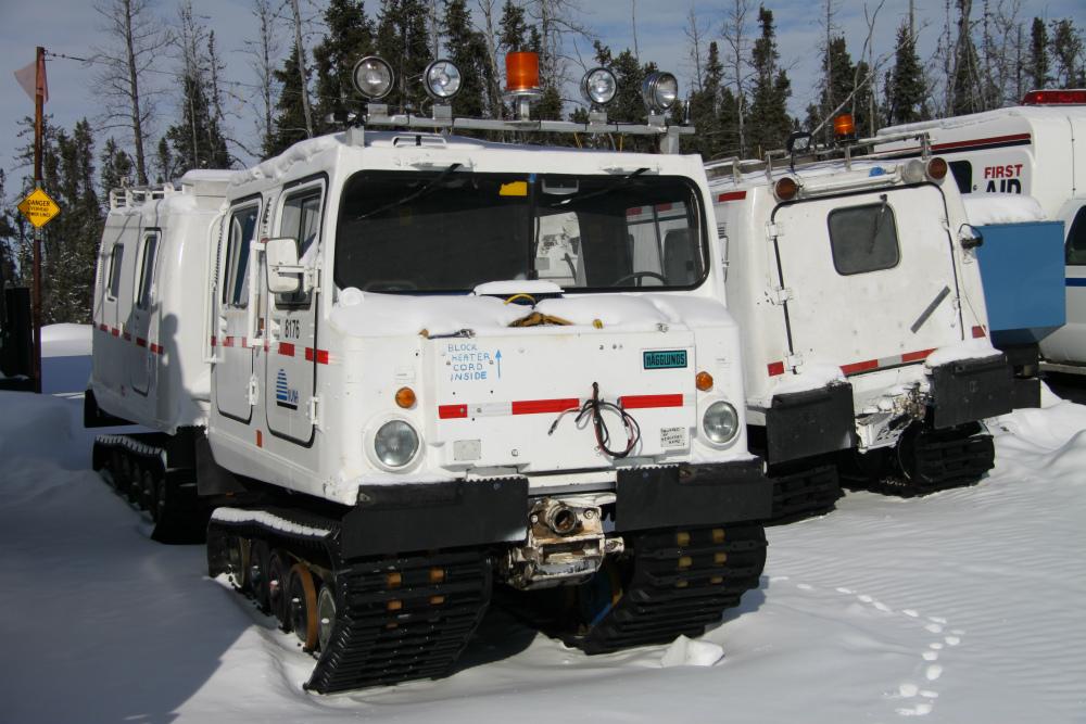 Ice_road_machinery