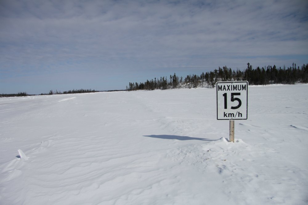 Problem_lake_speed_limit
