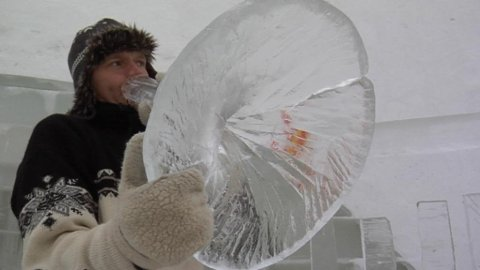 Terje Isungset's ice instruments are temporary, beautiful and fragile.  Image: YLE