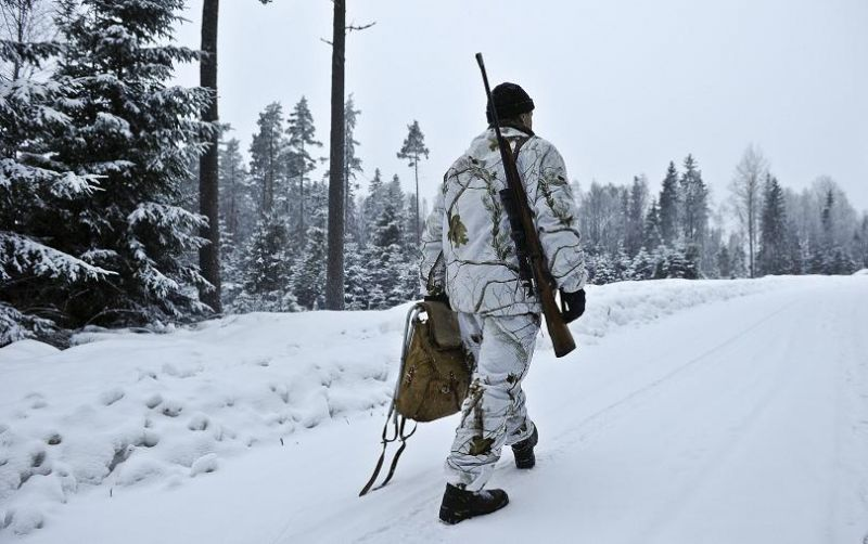 Wolf hunter in Hasselforsreviret, central Sweden, on January 15, 2011. AFP PHOTO / SCANPIX SEWEDEN / ANDERS WIKLUND