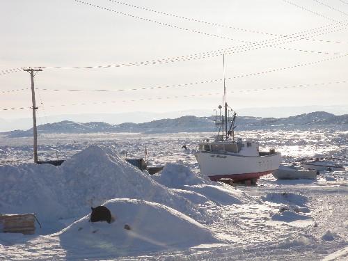 Frozen shore in Iqaluit. Photo by Eilis Quinn