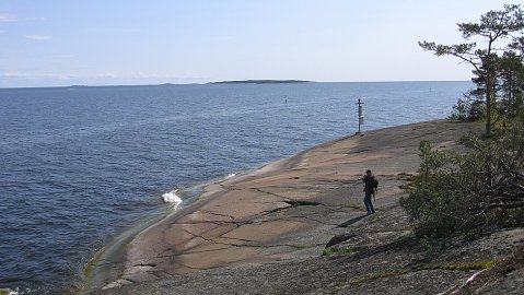 There is not much green-blue algae around southwestern Finnish towns Kotka and Hamina.  Image YLE.
